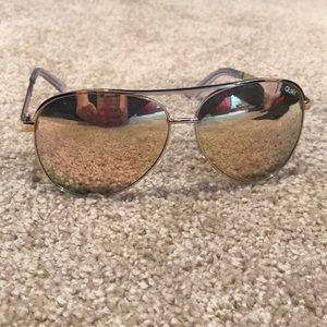Gold reflective Quay sunglasses